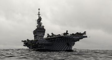 Charles de Gaulle R91 nuclear french aircraft carrier - [1:1] Minecraft Map & Project