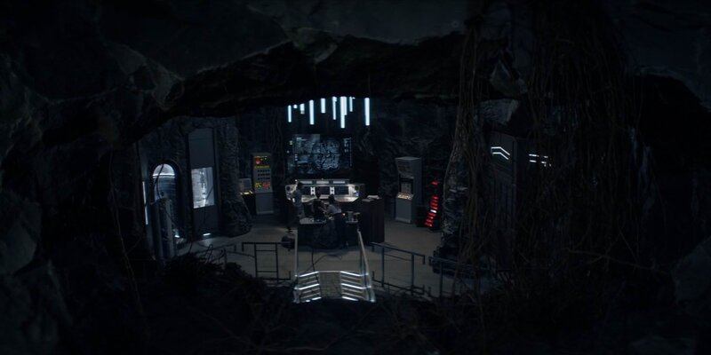 i used the Arrowverse Batcave as a reference