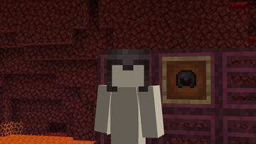 Unobtrusive netherite helmet Minecraft Texture Pack
