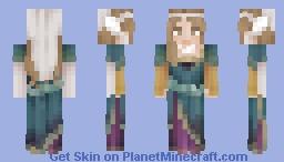 ↠ Queenly Attire Minecraft Skin