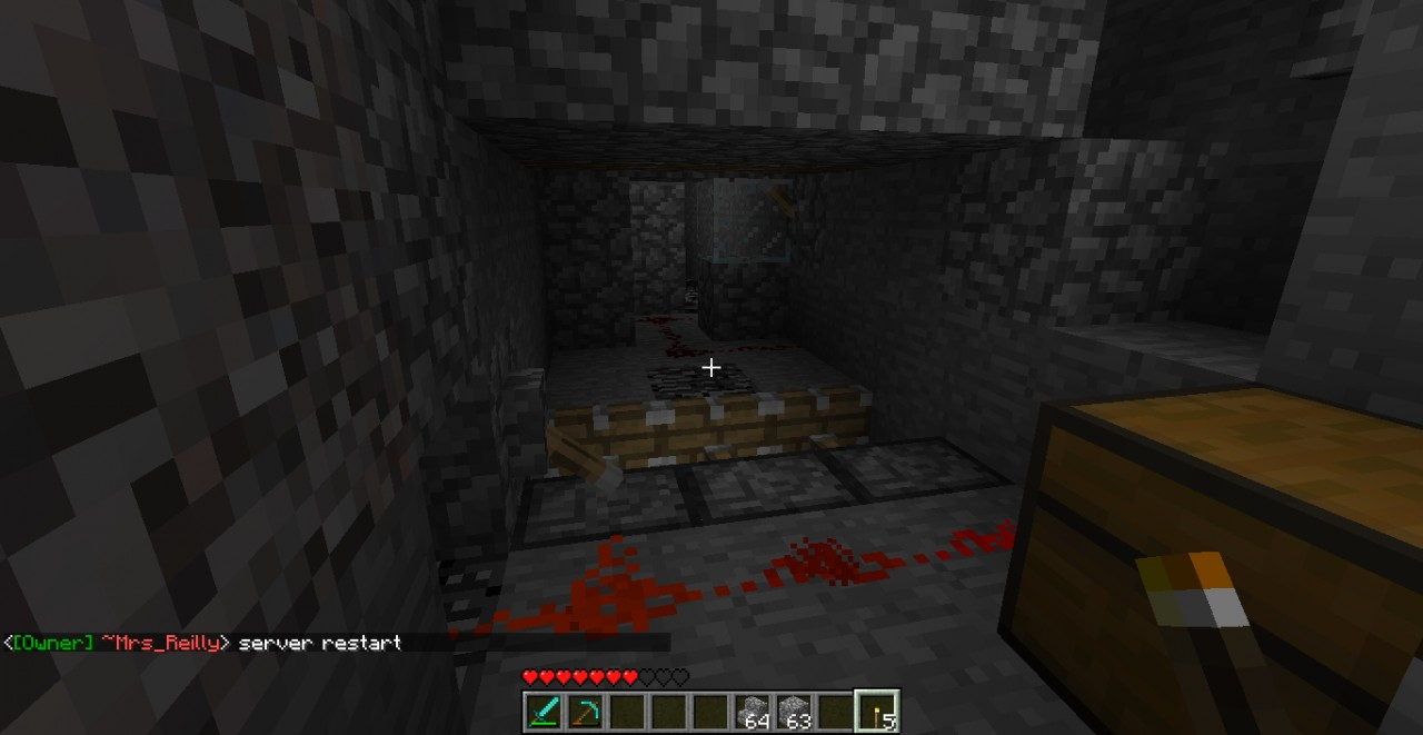 Entrance to lair. Front is to piston traps. This is the middle section. Defense mode: Off