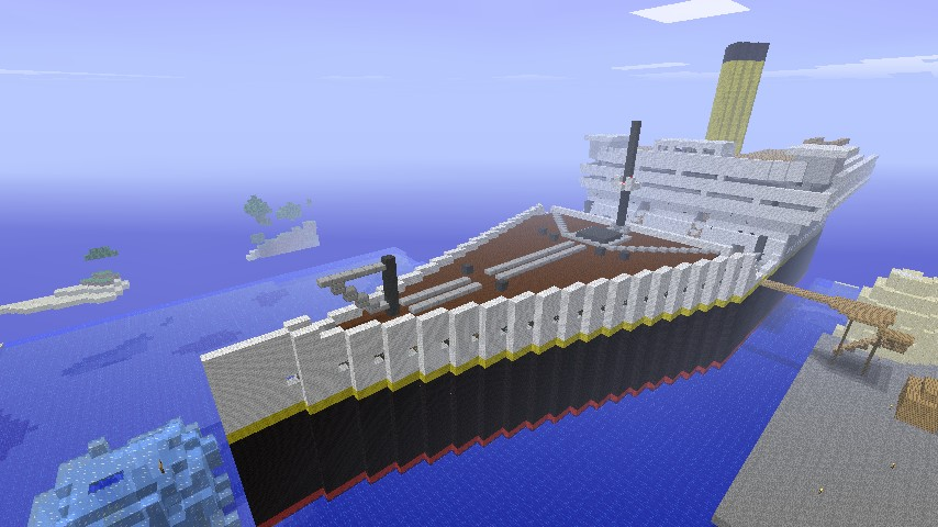 The Titanic from the front