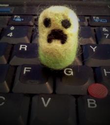 Felting fun: Tiny Creeper! Minecraft