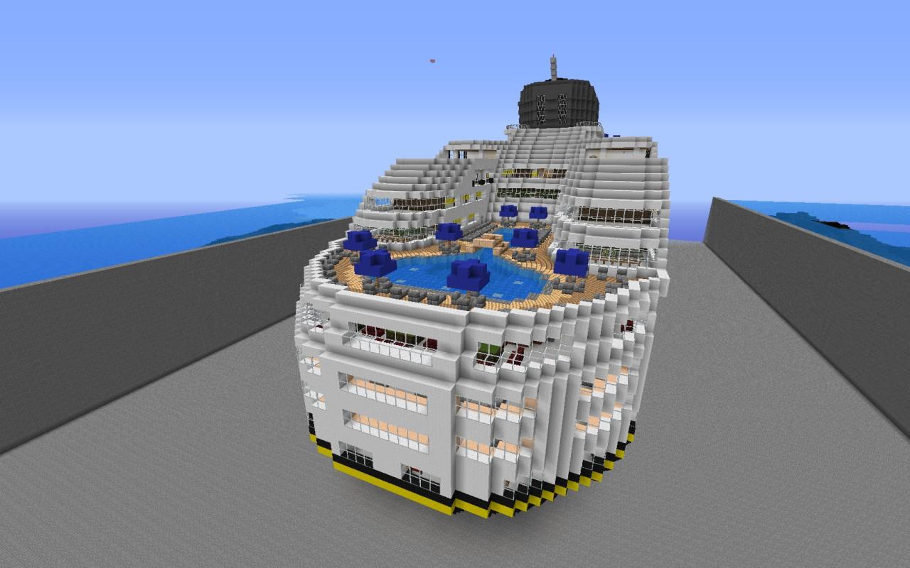 Renata Cruise Ship Over 340 Blocks Long Minecraft Project