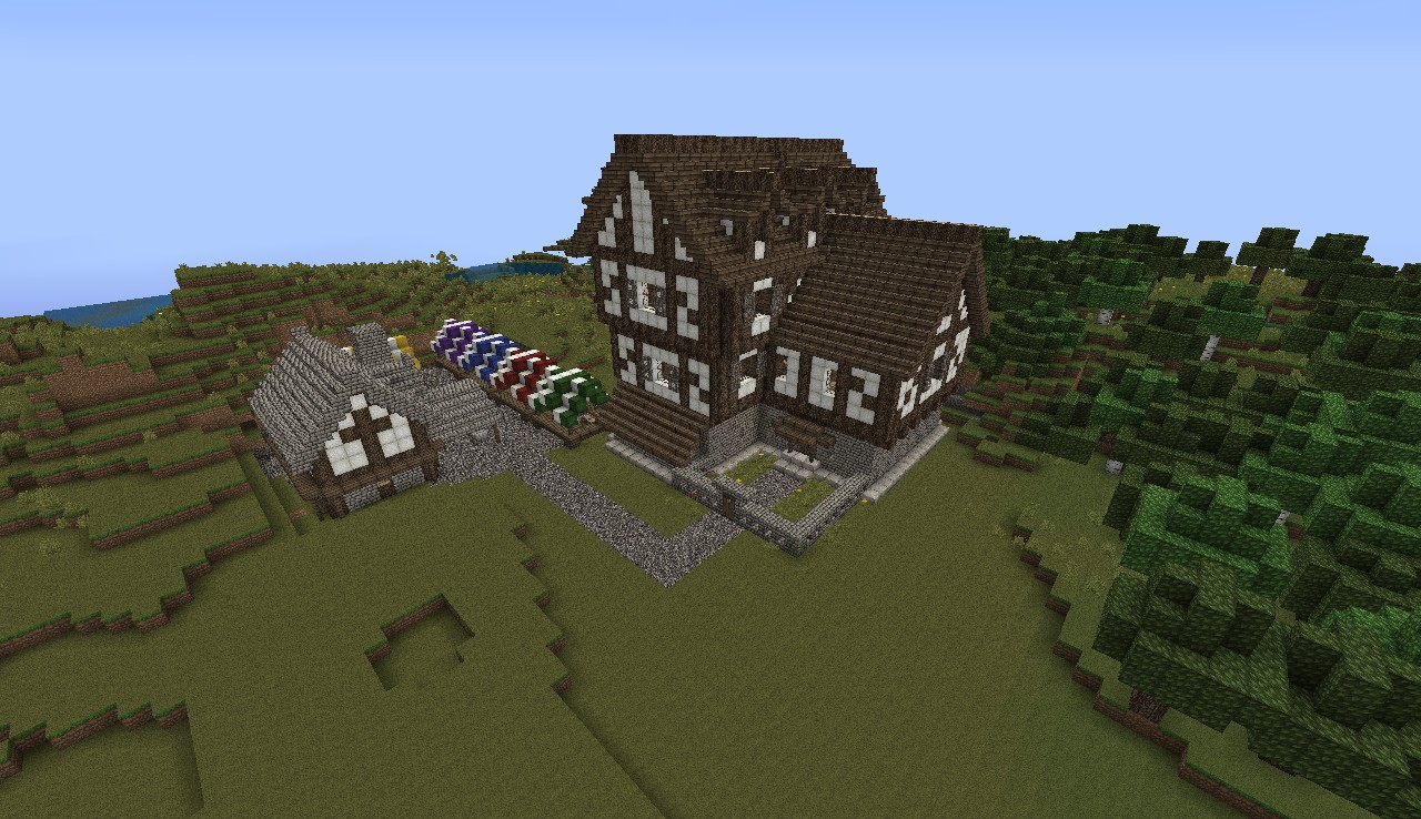 Medieval Inn and Tower Minecraft Project