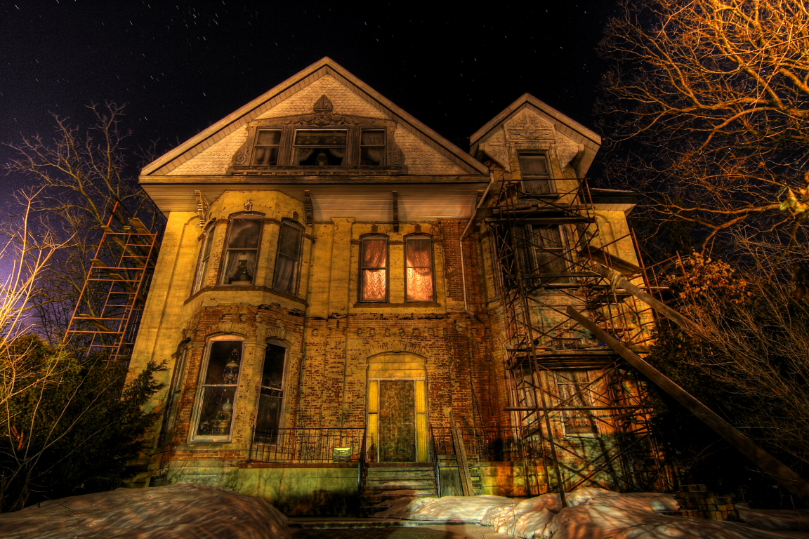 The epic haunted house minecraft project for Haunted mansion ideas
