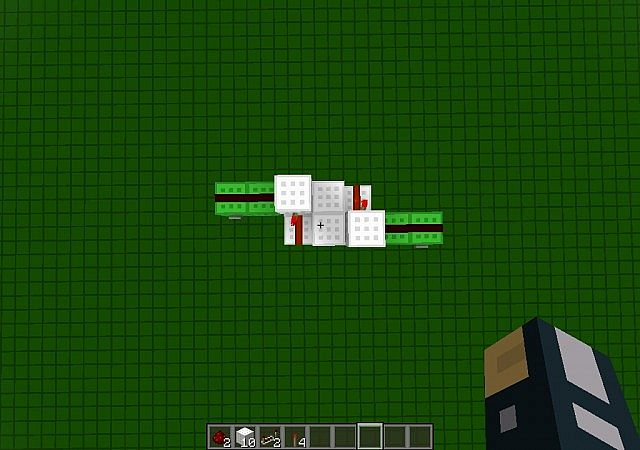 Minecraft Repeater Circuit Both Repeaters In The Clock