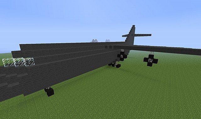 Заложенная бомба внутри самолета в майнкрафт