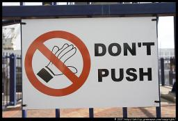 Don't Push It! (A Real Life and Very Important Tip) Minecraft
