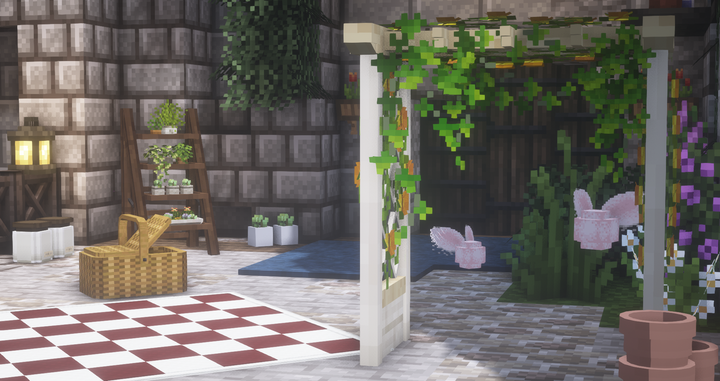 A small botanical garden located at the Varian Castle. You can see some of our custom items.