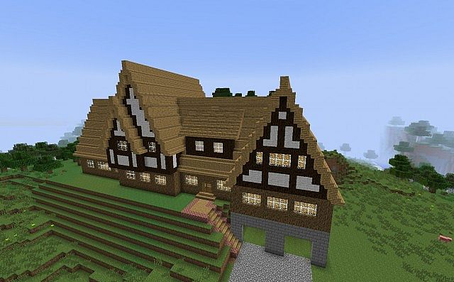 Big Tudor House Minecraft Project
