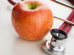 Will an Apple a day really keep the Doctor away? [Emoticon Bloggers Entry Blog] Minecraft Blog