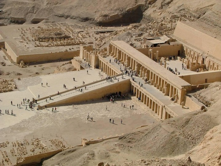 an analysis of my report on queen hatshepsut Queen hatshepsut essay examples 4 total results  an analysis of my report on queen hatshepsut 557 words 1 page company about us contact resources terms of .