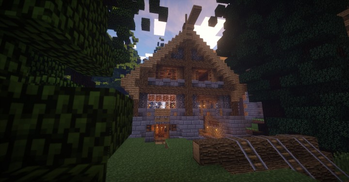 Medieval Woodcutter Home Minecraft Project
