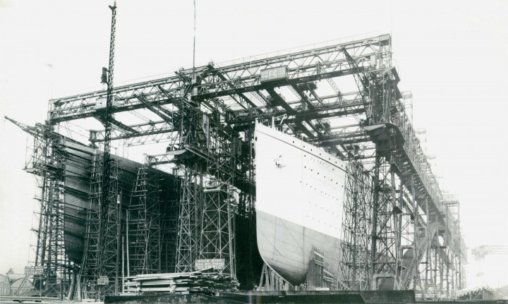 Olympic and Titanic in Arrol Gantry
