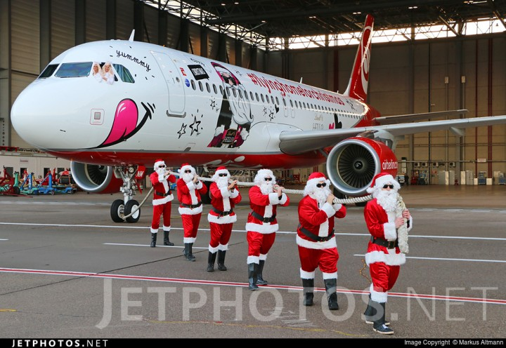 happy holidays airbus a320 sharklets air berlin download minecraft project. Black Bedroom Furniture Sets. Home Design Ideas
