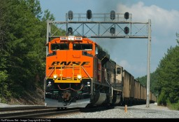 BNSF SD70ACE Minecraft Map & Project